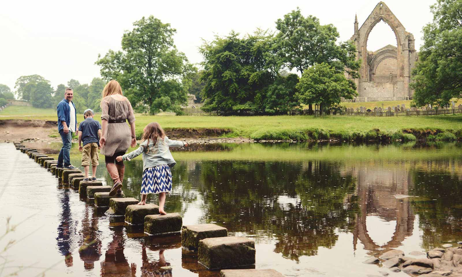 Family Stepping Stones Bolton Abbey optimised